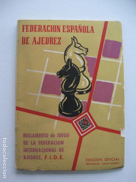 FEDERACIÓN ESPAÑOLA DE AJEDREZ, REGLAMENTO DE JUEGO DE LA F.I.D.E.. EDICIÓN OFICIAL. 1958 (Coleccionismo Deportivo - Libros de Ajedrez)