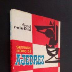 Coleccionismo deportivo: SEGUNDO LIBRO DE AJEDREZ / COMO JUGAR LAS BLANCAS, COMO JUGAR LAS NEGRAS / FRED REINFELD. Lote 73292103
