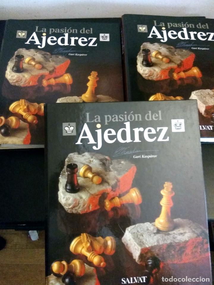 LA PASION DEL AJEDREZ / TRES ARCHIVADORES / COMPLETO UNAS 1060 PAGINAS (Coleccionismo Deportivo - Libros de Ajedrez)