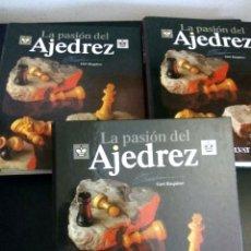 Coleccionismo deportivo: LA PASION DEL AJEDREZ / TRES ARCHIVADORES / COMPLETO UNAS 1060 PAGINAS. Lote 93842560