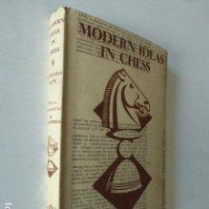 Coleccionismo deportivo: MODERN IDEAS IN CHESS. RICHARD RETI. LONDON, 1943. 181 PP. . Lote 109366991