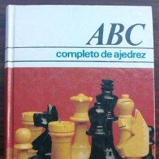 Coleccionismo deportivo: ABC COMPLETO DE AJEDREZ. RAMON CRUSI MORE. 1984. Lote 131839782