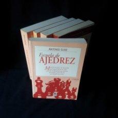 Coleccionismo deportivo: ANTONIO GUDE - 5 LIBROS DE AJEDREZ - EDITORIAL TUTOR 2001. Lote 150620038