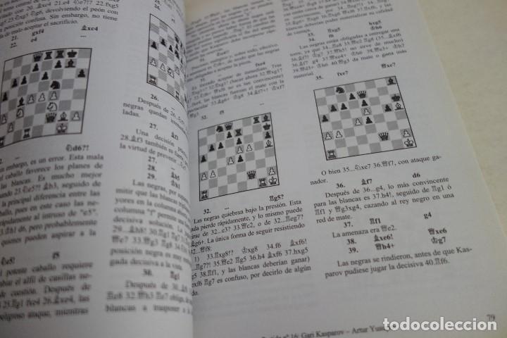 Coleccionismo deportivo: AJEDREZ.CHESS. LAS MEJORES PARTIDAS DE GARI KASPAROV. TOMO 1. IGOR STOHL. - Foto 3 - 167468504