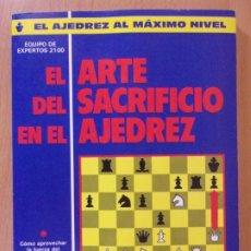 Coleccionismo deportivo: EL ARTE DEL SACRIFICIO DEL AJEDREZ / 1990. DE VECCHI. Lote 176110557