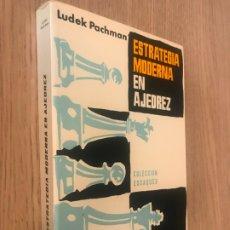 Coleccionismo deportivo: ESTRATEGIA MODERNA EN AJEDREZ - LUDEK PACHMAN. Lote 177457662