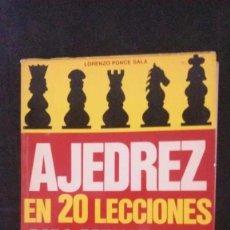 Coleccionismo deportivo: AJEDREZ EN 20 LECCIONES PARA PRINCIPIANTES-EDITORIAL DE VECCHI. Lote 191670221