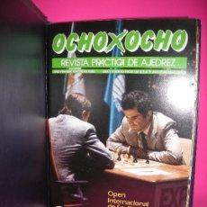 Coleccionismo deportivo: LOTE 13 REVISTAS DE AJEDREZ OCHO X OCHO ( INCLUYE ARCHIVADOR ) - VER LISTADO DE NUMEROS -. Lote 206769227
