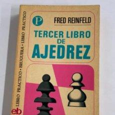 Coleccionismo deportivo: TERCER LIBRO DE AJEDREZ - FRED REINFELD. Lote 277709413