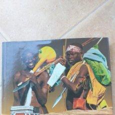 Libros: AFRICA 45000 KM ABENTEUER. Lote 296790683
