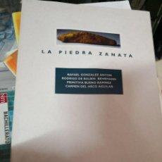 Libros antiguos: LA PIEDRA ZANATA - VV. AA. - ARQUEOLOGÍA CANARIAS TENERIFE GUANCHES -MUSEO ARQUEOLÓGICO DE TENERIFE . Lote 139431266