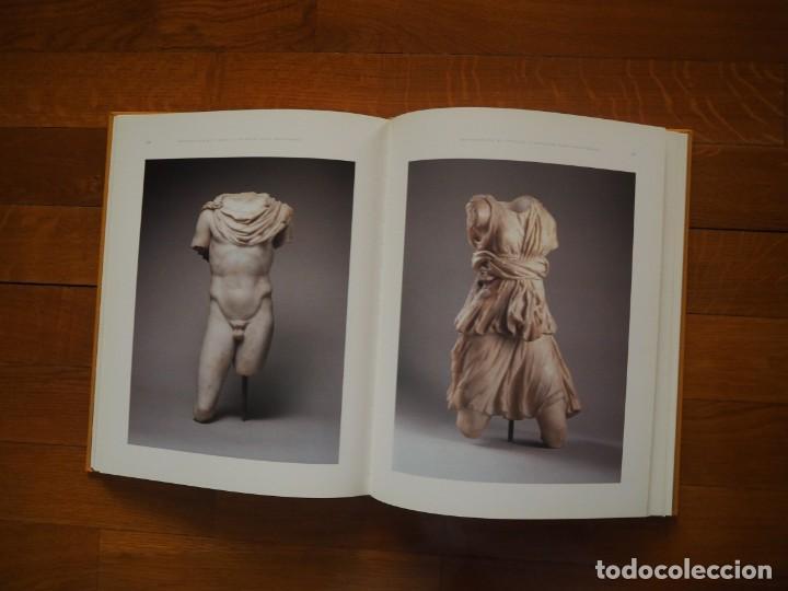 Libros antiguos: Sevilla La Vieja. JM Luzón Nogué. 1999, 1ª ed. En tela, tapa dura e ilustración pegada. - Foto 4 - 141769454