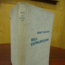 Libros antiguos: BAU-ENTWURFSLEHRE 1938 . Lote 32169048