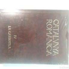 Libros antiguos: CATALUNYA ROMÀNICA IV - LA GARROTXA. Lote 120187819