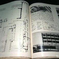 Libros antiguos: EDIFICIOS CON ESTRUCTURAS METÁLICAS. KONRAD GATZ. AÑO 1968.. Lote 176190800