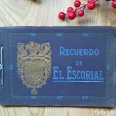 Libros antiguos: RECUERDO DE EL ESCORIAL. ANTIGUO ÁLBUM 30 LÁMINAS.. Lote 145522778