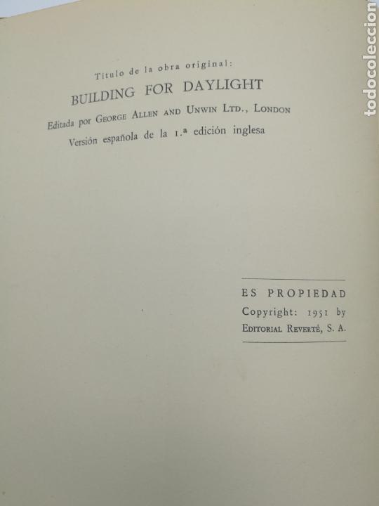 Libros antiguos: La luz del día en los edificios 1951 - Foto 7 - 152472388