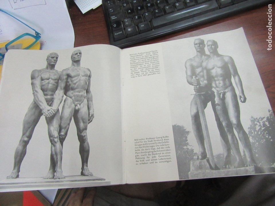 Libros antiguos: Libro en alemán sobre la escultura, arquitectura y pintura nazi. 1933. L4364-463. - Foto 7 - 173393704