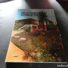 Libros antiguos: CEAC DECORACION CHALETS 2 PESA 600 GRAMOS AÑO 1970 APROX. Lote 178845032