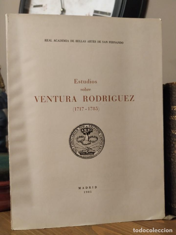 Libros antiguos: Estudios Sobre Ventura Rodriguez (1717-1785) (Publicaciones de la Real Academia de Bellas Artes de S - Foto 2 - 241868420