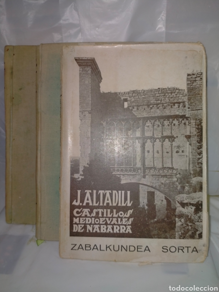 JULIO ALTADILL. CASTILLOS MEDIOEVALES DE NAVARRA(1934/1936). 3 TOMOS .EDITORIAL ITXAROPENA (Libros Antiguos, Raros y Curiosos - Bellas artes, ocio y coleccion - Arquitectura)