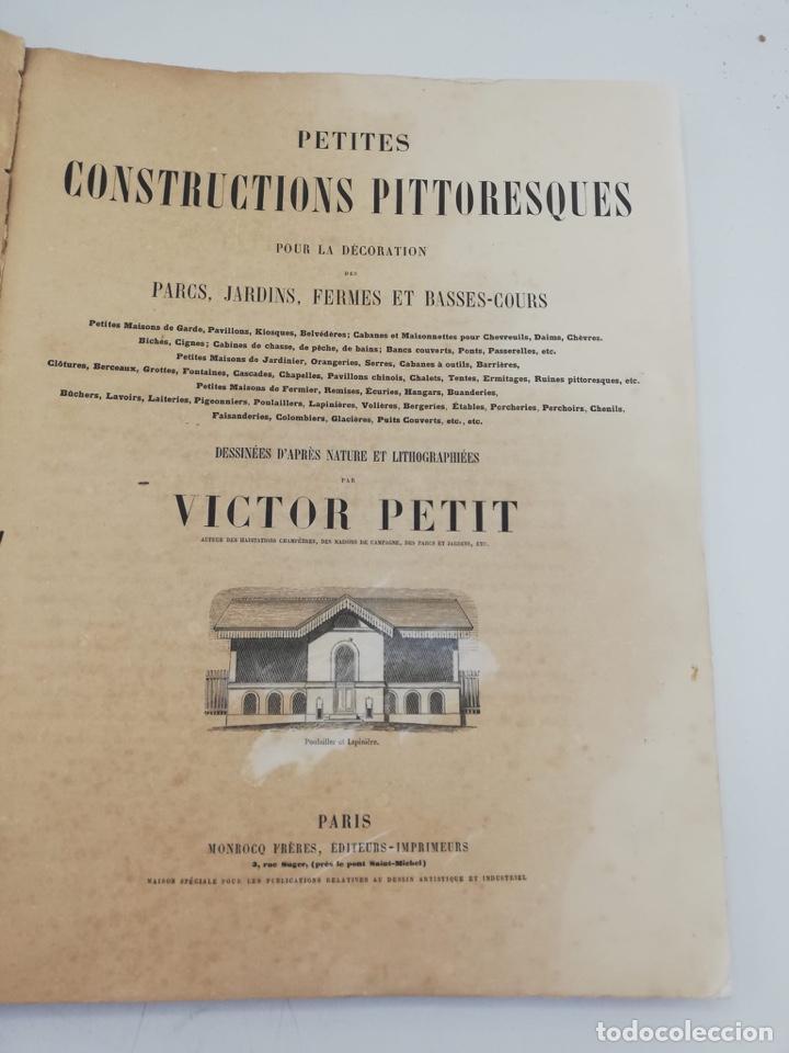 Libros antiguos: PETITES CONSTRUCTIONS PITTORESQUES POR LA DECORATIONS PARCS, JARDINS, FERMES ET BASSES-COURS - Foto 3 - 268022319