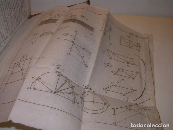 Libros antiguos: LIBRO TAPAS DE PIEL..ASTRONOMIA - FISICA - HIDROESTATICA, ETC. CON 5 LAMINAS DESPLEGABLES..AÑO 1824. - Foto 15 - 162140238