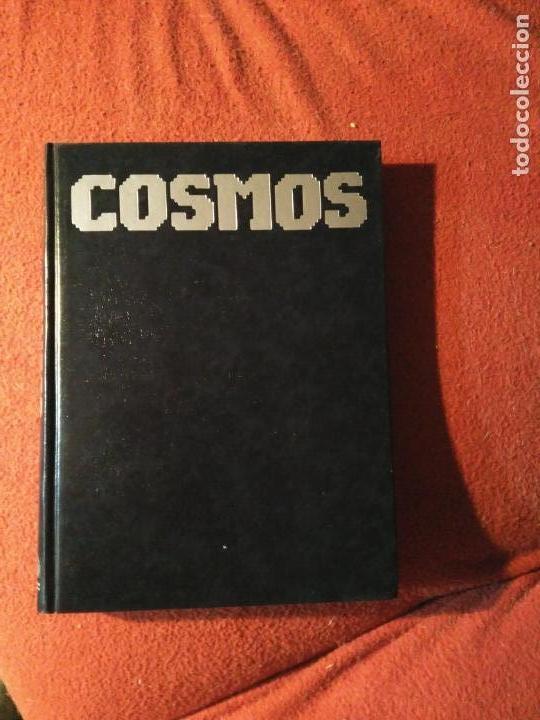 Libros antiguos: Lote de 3 libros: Cosmos, El Cometa y Murmullos de la Tierra, de Carl Sagan. Astronomía - Foto 3 - 168647384