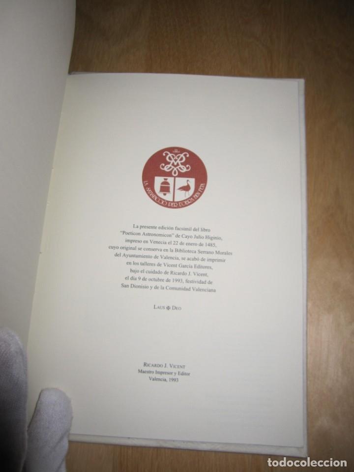 Libros antiguos: Poeticon astronomicon. Cayo Julio Higinio. Facsímil - Foto 10 - 174584834
