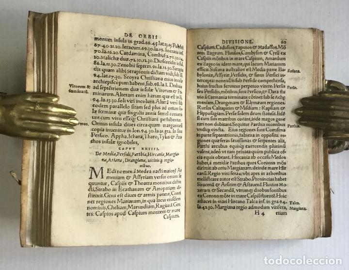 Libros antiguos: DE PRINCIPIIS ASTRONOMIAE ET COSMOGRAPHIAE. Deque usu Globi Cosmographici... GEMMA FRISIUS. - Foto 6 - 109024360