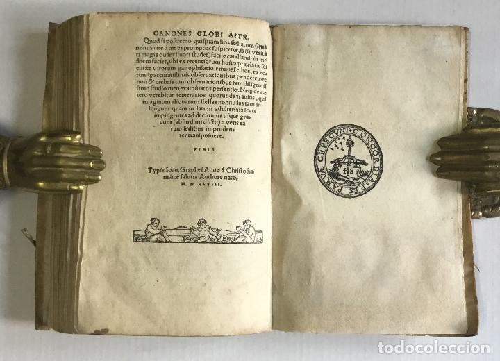 Libros antiguos: DE PRINCIPIIS ASTRONOMIAE ET COSMOGRAPHIAE. Deque usu Globi Cosmographici... GEMMA FRISIUS. - Foto 14 - 109024360