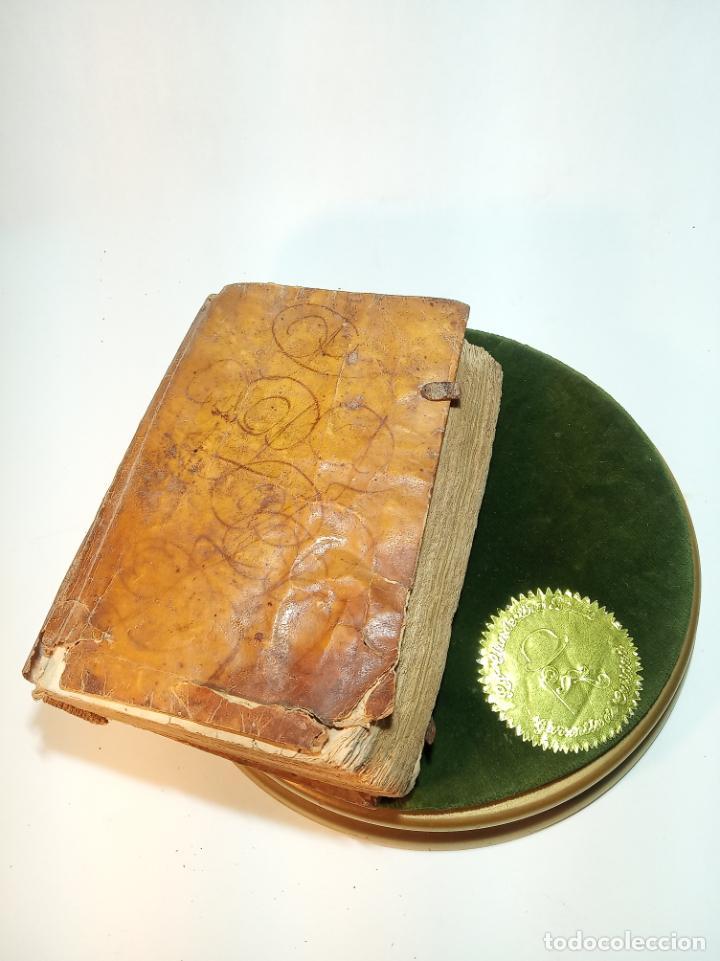 Libros antiguos: Lunario y pronóstico perpetuo, general y particular. Gerónymo Cortés. Grabados. Siglo XVIII. - Foto 2 - 193704207