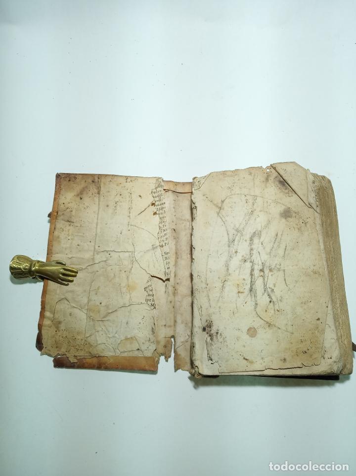 Libros antiguos: Lunario y pronóstico perpetuo, general y particular. Gerónymo Cortés. Grabados. Siglo XVIII. - Foto 3 - 193704207