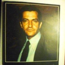 Libros antiguos: LIBRO ADOLFO SUAREZ.-COLECCION HOMBRES DE NUESTRO TIEMPO-MUCHAS FOTOS B-N Y COLOR 68 PAG-. Lote 57928506