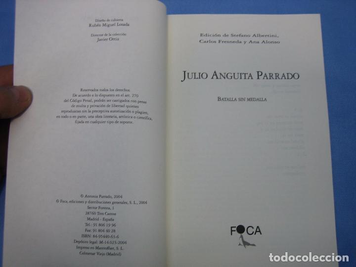 Libros antiguos: Julio Anguita Parrado. Córdoba 2004 - Foto 2 - 98592583