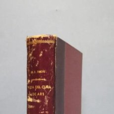 Libros antiguos: VIDA DEL CURA DE ARS SAN JUAN Mª BAUTISTA VIANNEY DR FRANCISCO TROCHU PRBO.. Lote 246103530