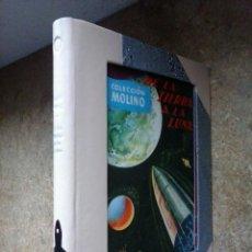 Libros antiguos: DE LA TIERRA A LA LUNA (1952) / JULIO VERNE ¡¡CURIOSA ENCUADERNACIÓN ARTESANAL CON MOSAICO EN LOMO!!. Lote 54885611