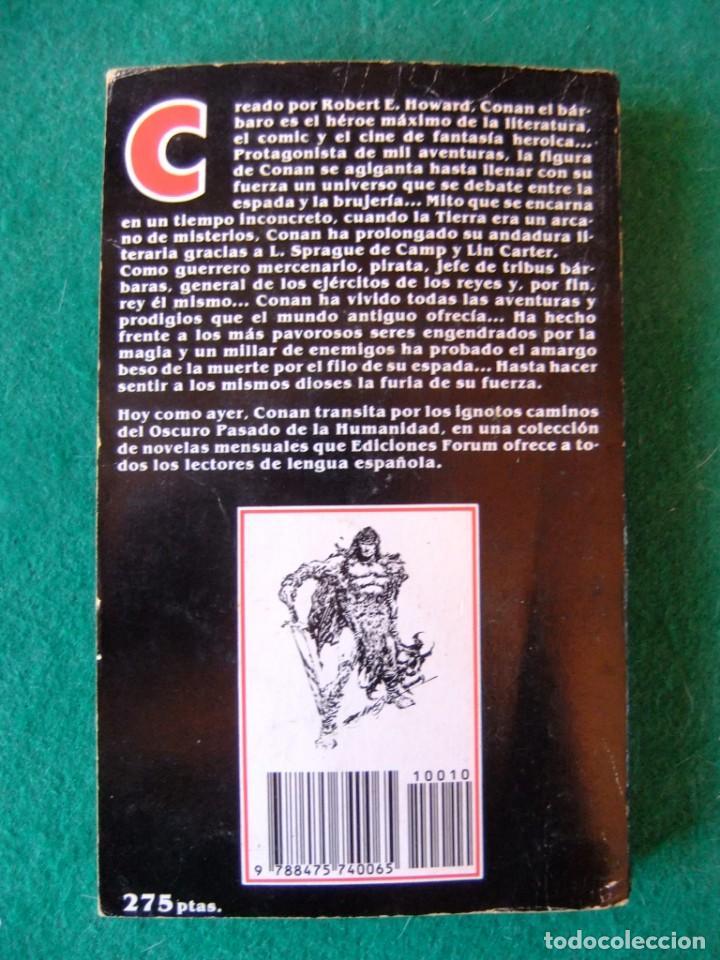 Libros antiguos: CONAN Nº 10 CONAN EL VENGADOR DE ROBERT E. HOWARD EDICIONES FORUM - Foto 2 - 139708182