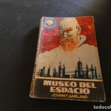 Libros antiguos: ESTADO ACEPTABLE LIBRO CIENCIA FICCION Y FANTASIA ESPACIO MUNDO MUSEO DEL ESPACIO. Lote 178883732