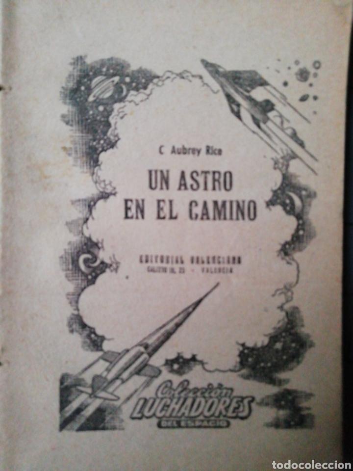 Libros antiguos: 1 Colección Luchadores del Espacio y 1 Colección Pueyo de Novelas Selectas - Foto 4 - 218833081
