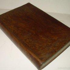Libros antiguos: LIBRO TAPAS PIEL...HISTORIA NATURAL....ZOOLOGIA,BOTANICA,MINERALOGIA,ZOOGRAFIA.ETC..AÑO 1.870. Lote 56514916