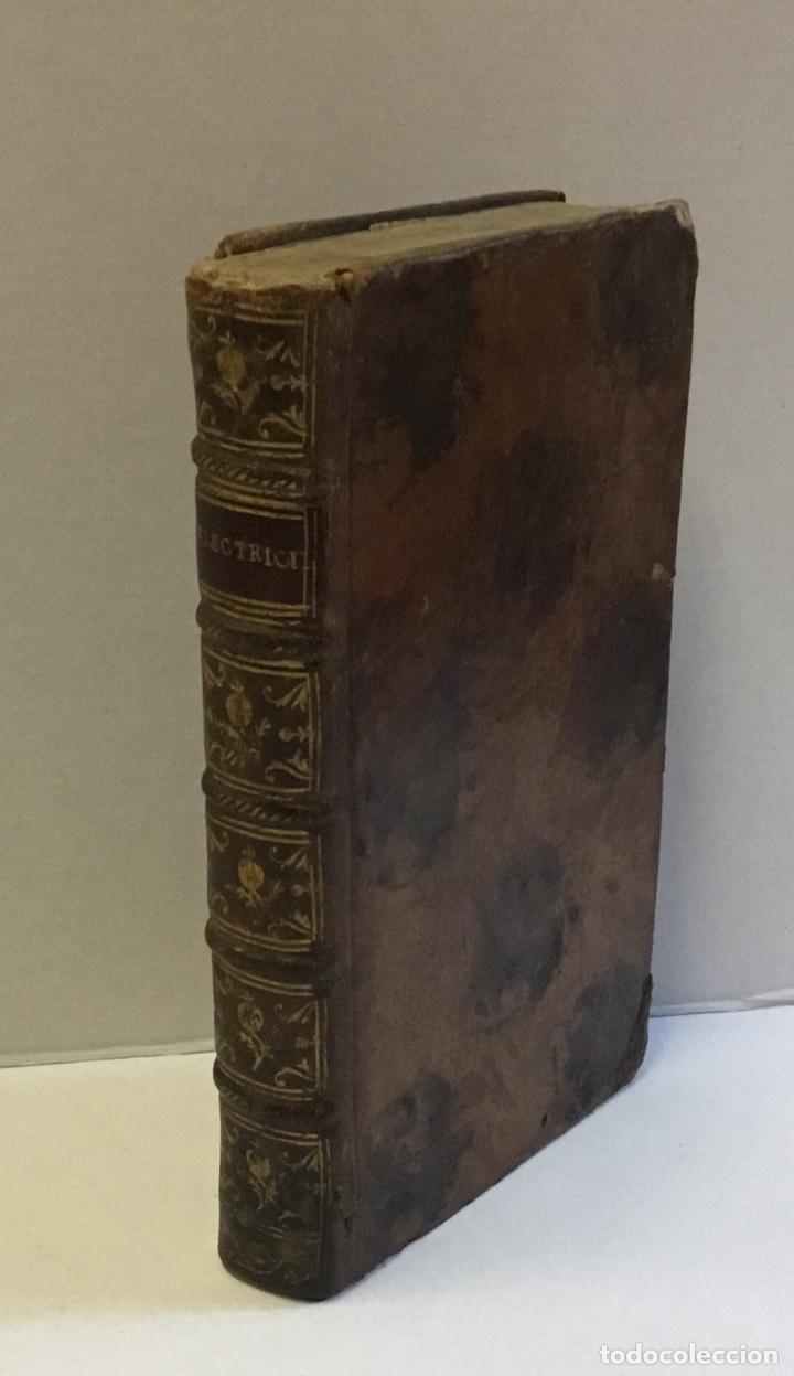 Libros antiguos: L'ELECTRICITÉ SOUMISE A UN NOUVEL EXAMEN... [PAULIAN, Aimé Henri.] 1768. ELECTRICIDAD. - Foto 2 - 114799628