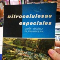 Libros antiguos: UNION ESPAÑOLA DE EXPLOSIVOS NITROCELULOSA ESPECIALES EDICIÓN 1960 MADRID TIENE LAS HOJAS SUELTAS CO. Lote 194579225