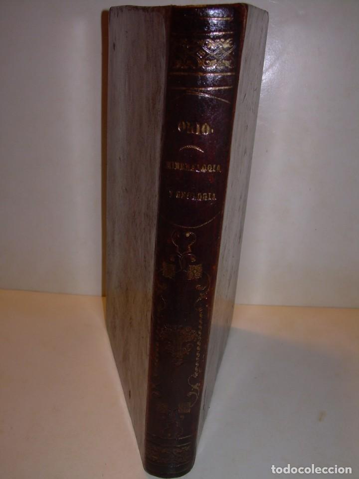 Libros antiguos: LIBRO TAPAS DE PIEL MINERALOGIA Y GEOLOGIA......AÑO.1870.....CON ILUSTRACIONES. - Foto 3 - 198734807