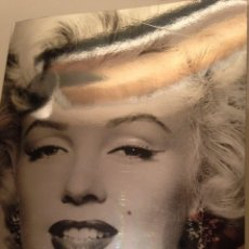 Libros antiguos: MARILYN MONROE AND THE CAMERA SCHIRMER ART BOOKS. Lote 62602304