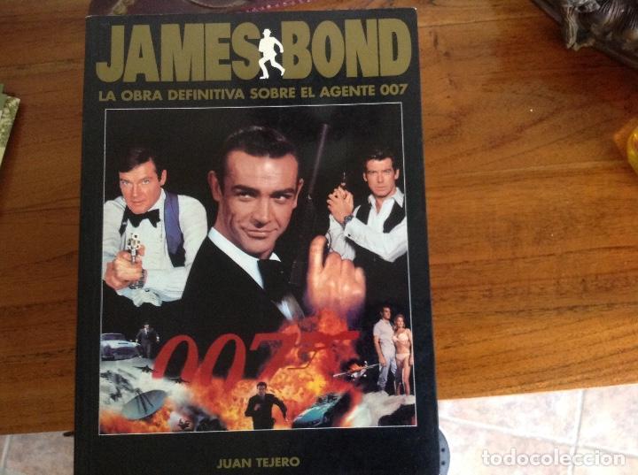 JAMES BOND, LA OBRA DEFINITIVA SOBRE EL AGENTE 007, ES UNA PRIMERA EDICION 1997 (Libros Antiguos, Raros y Curiosos - Bellas artes, ocio y coleccion - Cine)