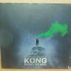 Libros antiguos: THE ART AND MAKING KONG SKULL ISLAND. Lote 151963038