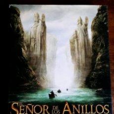 Libros antiguos: SEÑOR DE LOS ANILLOS -EL ARTE DE LA COMUNIDAD DEL ANILLO- LIBRO OFICIAL DE LA PELÍCULA. . Lote 154248446