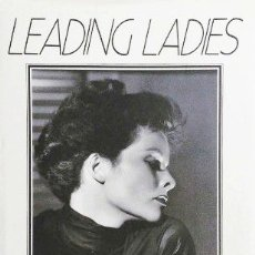 Libros antiguos: LEADING MEN.JULIE WELCH. LEADING LADIES. DON MACPHERSON. PACK DE 2 LIBROS. Lote 172392539