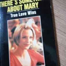 Libros antiguos: LIBRO-GUÍA SPEAK UP - PELÍCULA THERE'S SOMETHING ABOUT MARY. Lote 262274515